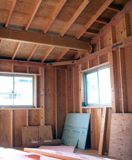 081222_2_bedroom.jpg