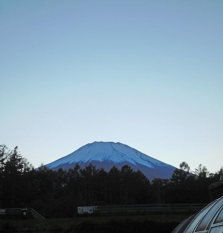 DSCN0095_くれなずむ富士_FB.jpg